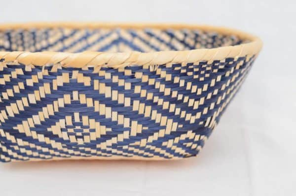 Close Up Product Image of colorful Bread Basket made of Paja Tetera with beautiful white and blue patterns