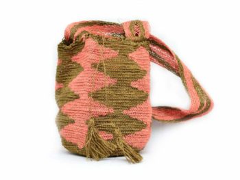 Picture of a pink and green fique mochila woven by Kankuamo women in Colombia