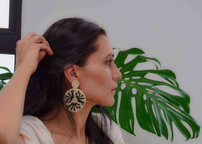 Kiskadee Design Catalogue Image of a Beautiful accessories made by members of the Wounaan Indigenous tribe Werregue double circle earring, Natural handmadein Colombia with natural Werregue fibers