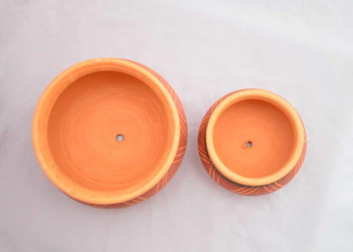 Kiskadee Design Top View Image of a Made in Raquira Round Muisca pot set Natural clay, made in Colombia