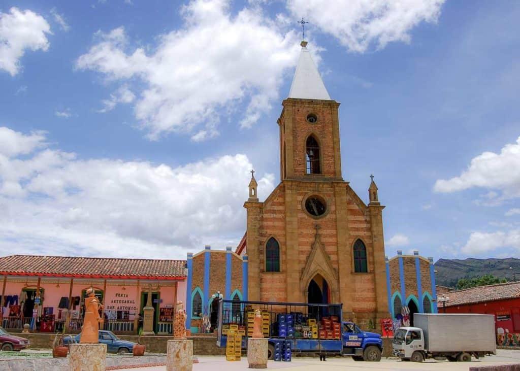Picture of church in main park in Raquira.