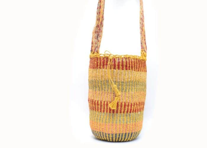 Front View Image handmade woven shoulder bag in colorful pattern Made by women from the Kankuamo tribe in the Sierra Nevada de Santa Marta - Colombia -2
