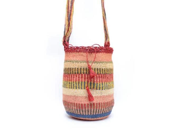 Kiskadee Design Catalogue Image of a Made by women from the Kankuamo tribe in the Sierra Nevada de Santa Marta - Colombia Handwoven Kankuamo Fique Mochila handmade woven shoulder bag in colorful pattern