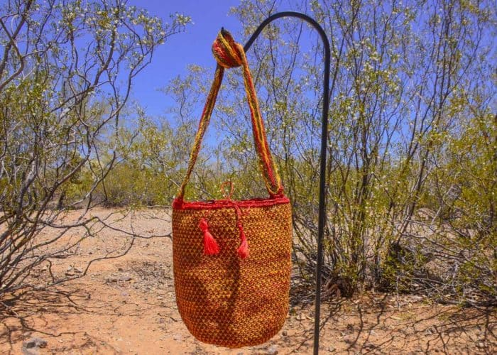 Front View Image handmade woven shoulder bag in colorful pattern Made by women from the Kankuamo tribe in the Sierra Nevada de Santa Marta - Colombia - 2